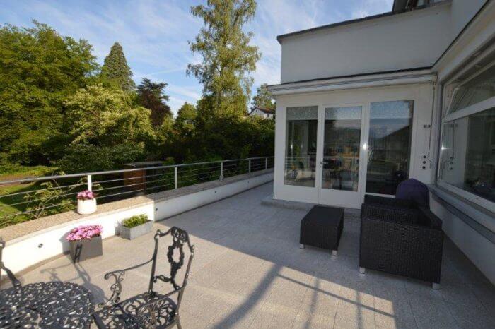Terrasse mit Lounge